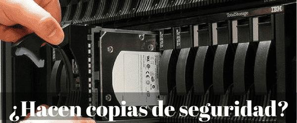 ¿Hacen backups de mi servicio de hosting?